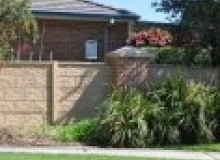 Kwikfynd Barrier wall fencing melville